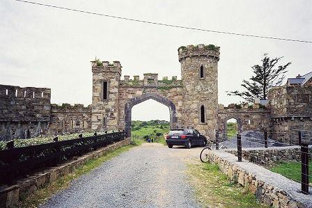 GATE (CLIFDEN)